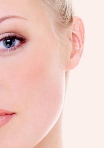 Tout savoir sur l'otoplastie pour corriger le problème des oreilles décollées.